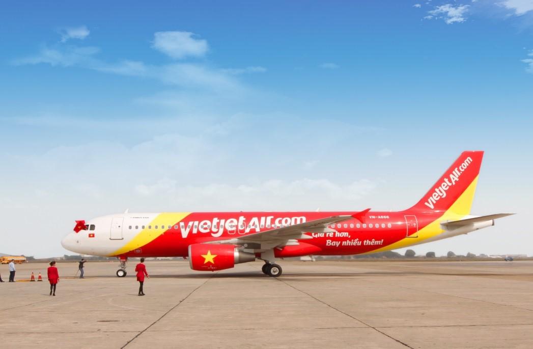 Đi du lịch Đà Lạt bằng phương tiện máy bay