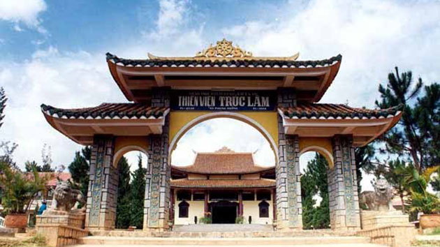 Tour du lịch Đà lạt 2n1đ - Tham quan Thiền Viện Trúc Lâm