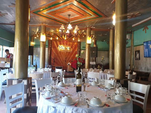 Ăn trưa ở Đà Lạt tại Memory Restaurant