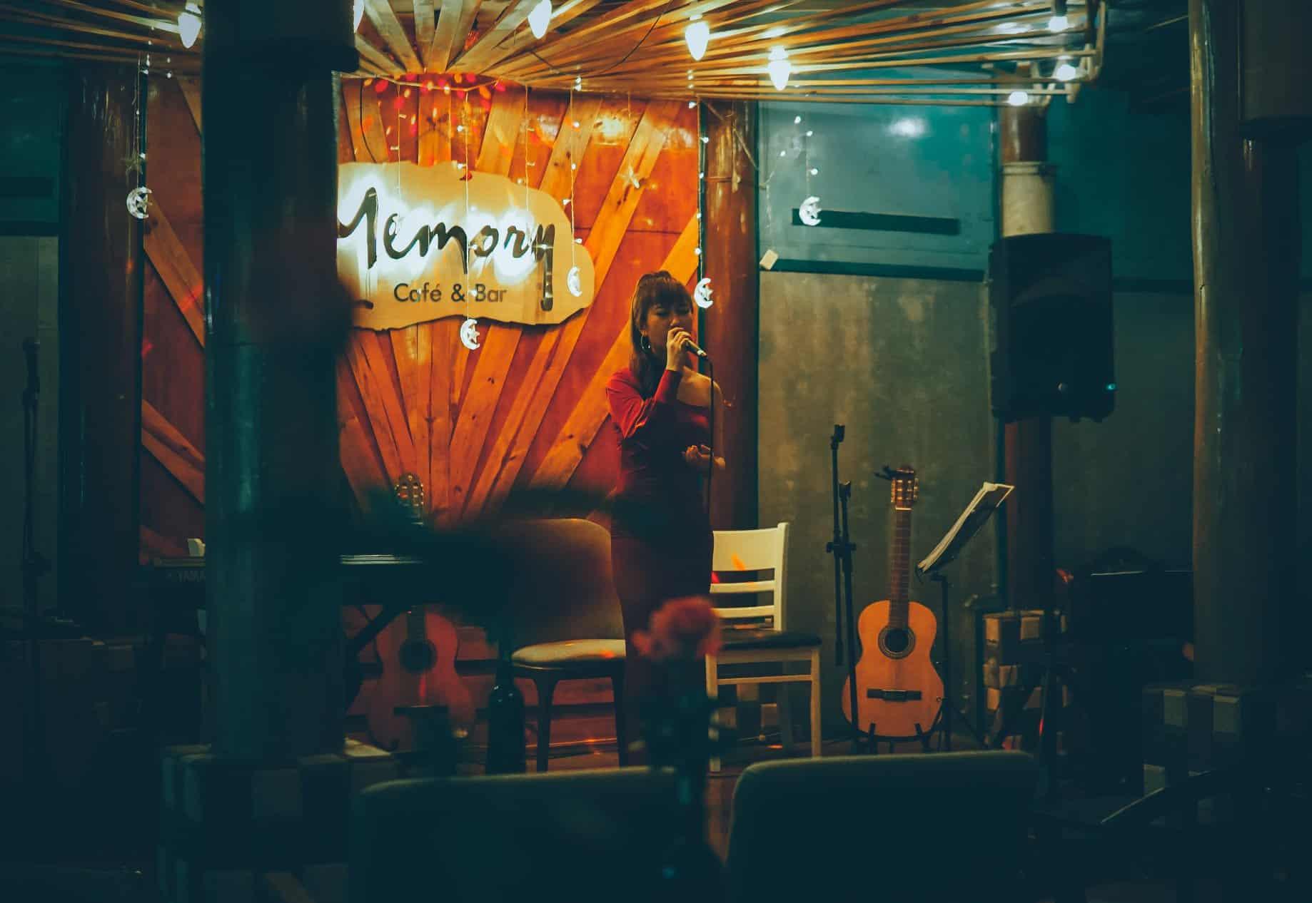 Cafe nhạc trịnh ở Đà Lạt