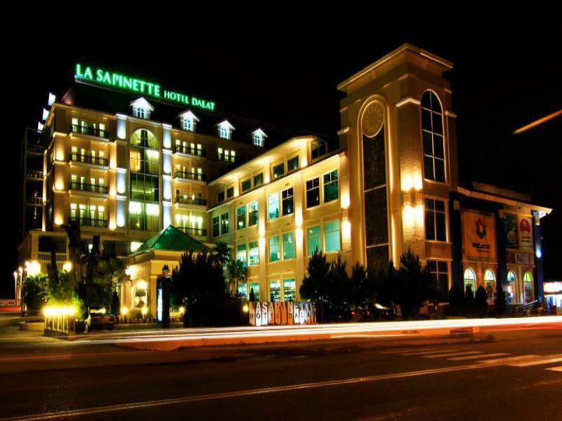 khách sạn 4 sao Đà Lạt gần chợ